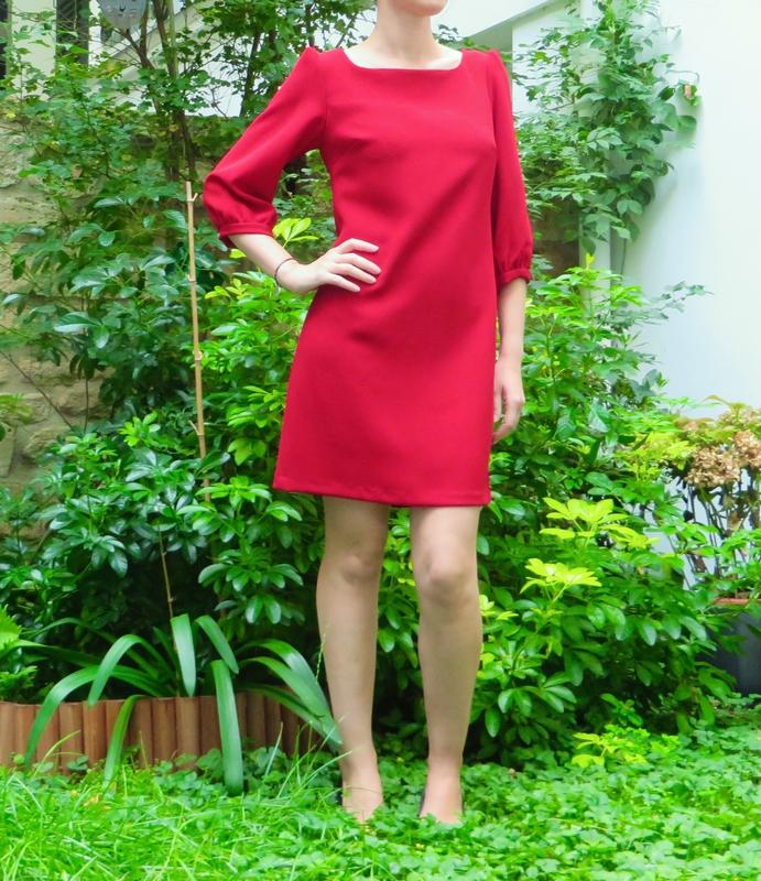 La Petite Robe Rouge (1)